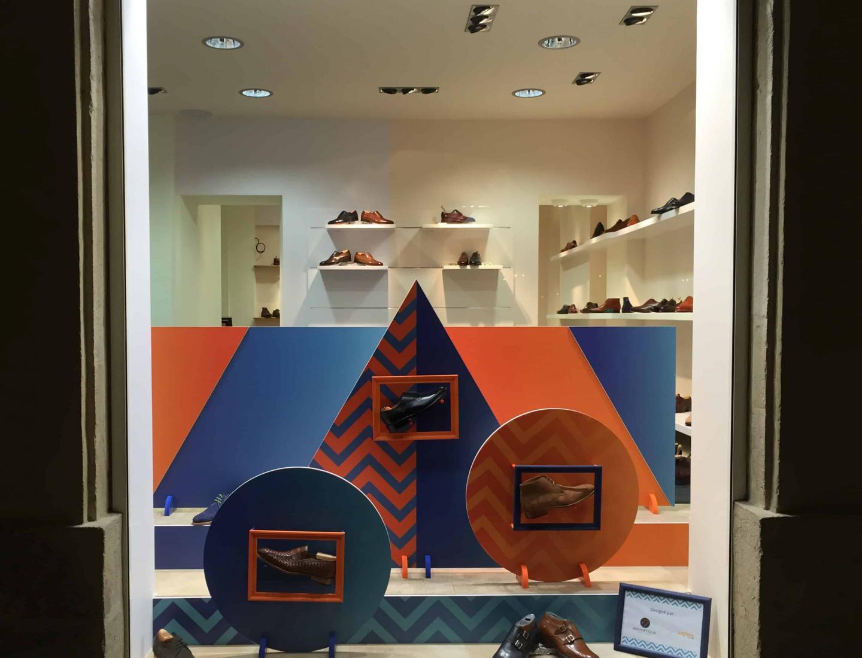 vitrine centrale du magasin OSCAR 15 rue Musette Dijon